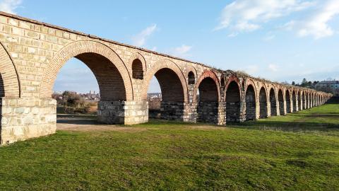 Древний акведук Визбегово