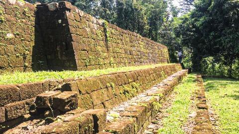 Древний город Киригуа