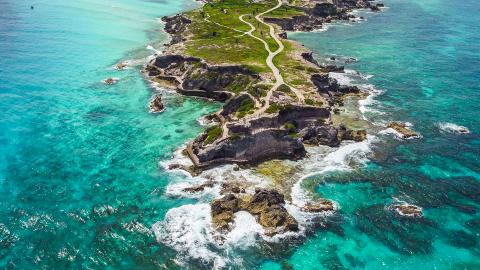 Остров Мухерес (остров женщин)
